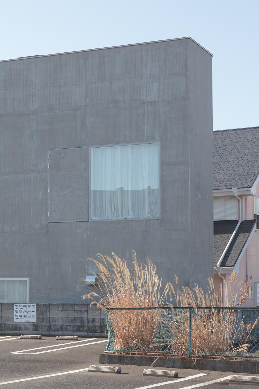 裏庭の家001